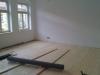 das erste Zimmer hat einen neuen Boden